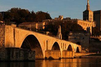 Avignone, gioiello della Provenza