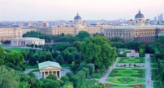 Vienna, una città (tutta verde) da scoprire rigorosamente a piedi