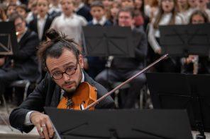 """Ruben Franceschi: """"Mi esprimo attraverso il suono, usando la voce o uno strumento accordato"""""""